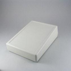 Proje Kutusu - 137 x 190 x 59 mm Eğimli Masa Tipi Kutu (Açık Gri)