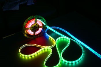 Şerit LED - 30′lu RGB Silikon Kaplı (1 metre)