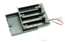 4-AA Battery Housing (Covered and Switched) - Thumbnail