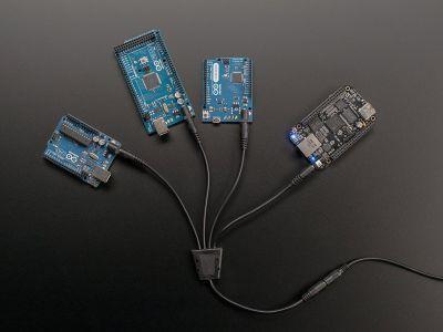 4'lü DC Adaptör Çoklayıcı Kablo