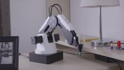 Dobot Magician - Basic Kit - Thumbnail