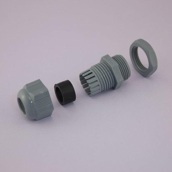 M20x1,5 Çok Delikli Kablo Rakoru - Açık Gri - 3 Adet 6mm Delik - 33x10x27mm