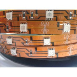 iLED - Sıcak Beyaz Üç Çip 30 Led 12V İç Mekan Şerit Led - 10 metre