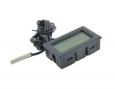 TPM-10 Digital Thermometer w/ Waterproof Probe